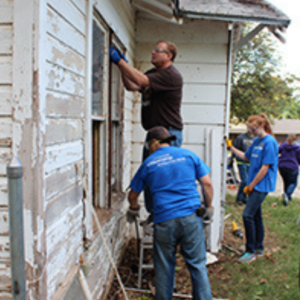 thumb_FEAT_Rebuilding_Together_outside2_1114