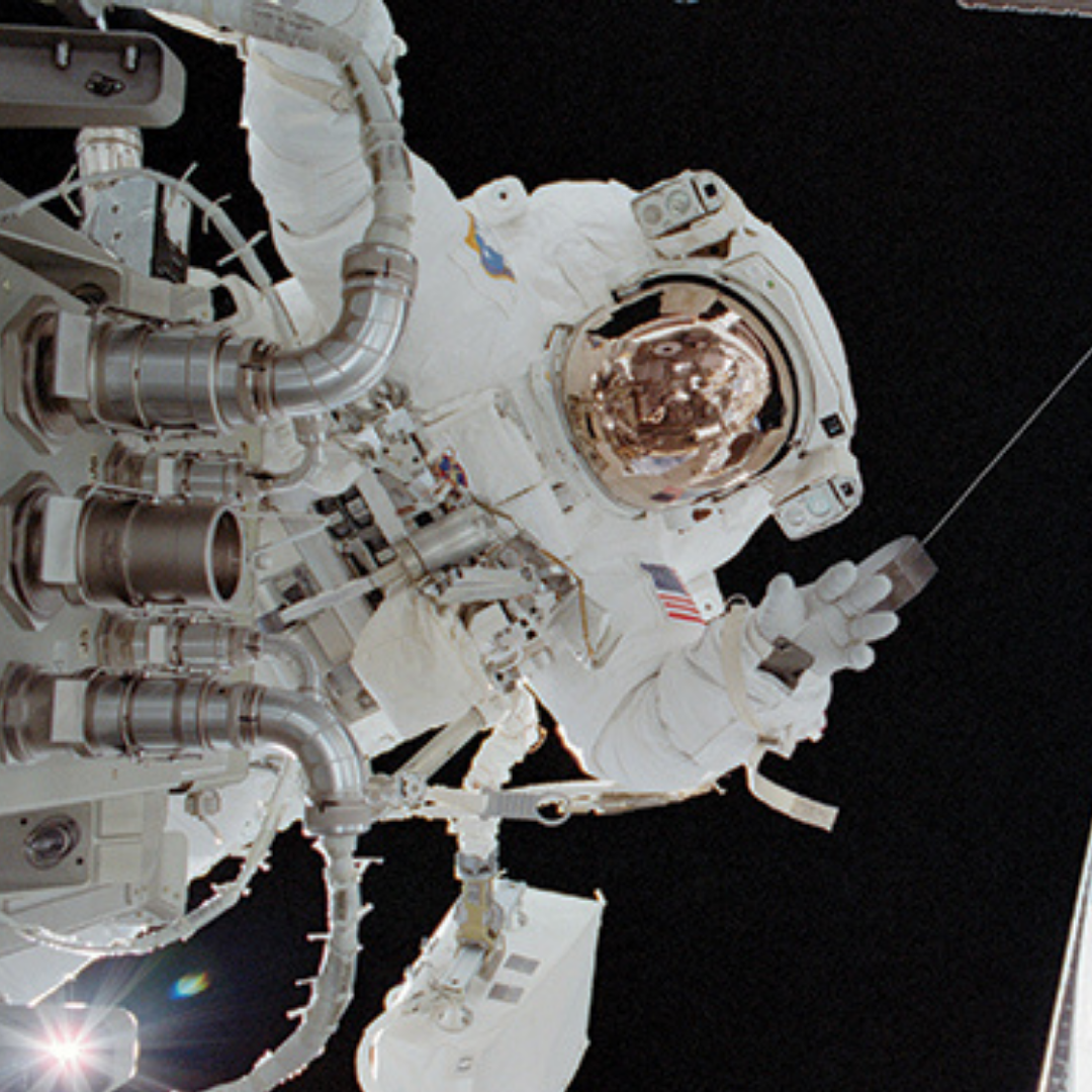 thumb_FEAT_Space_Pioneers_shuttle_0515