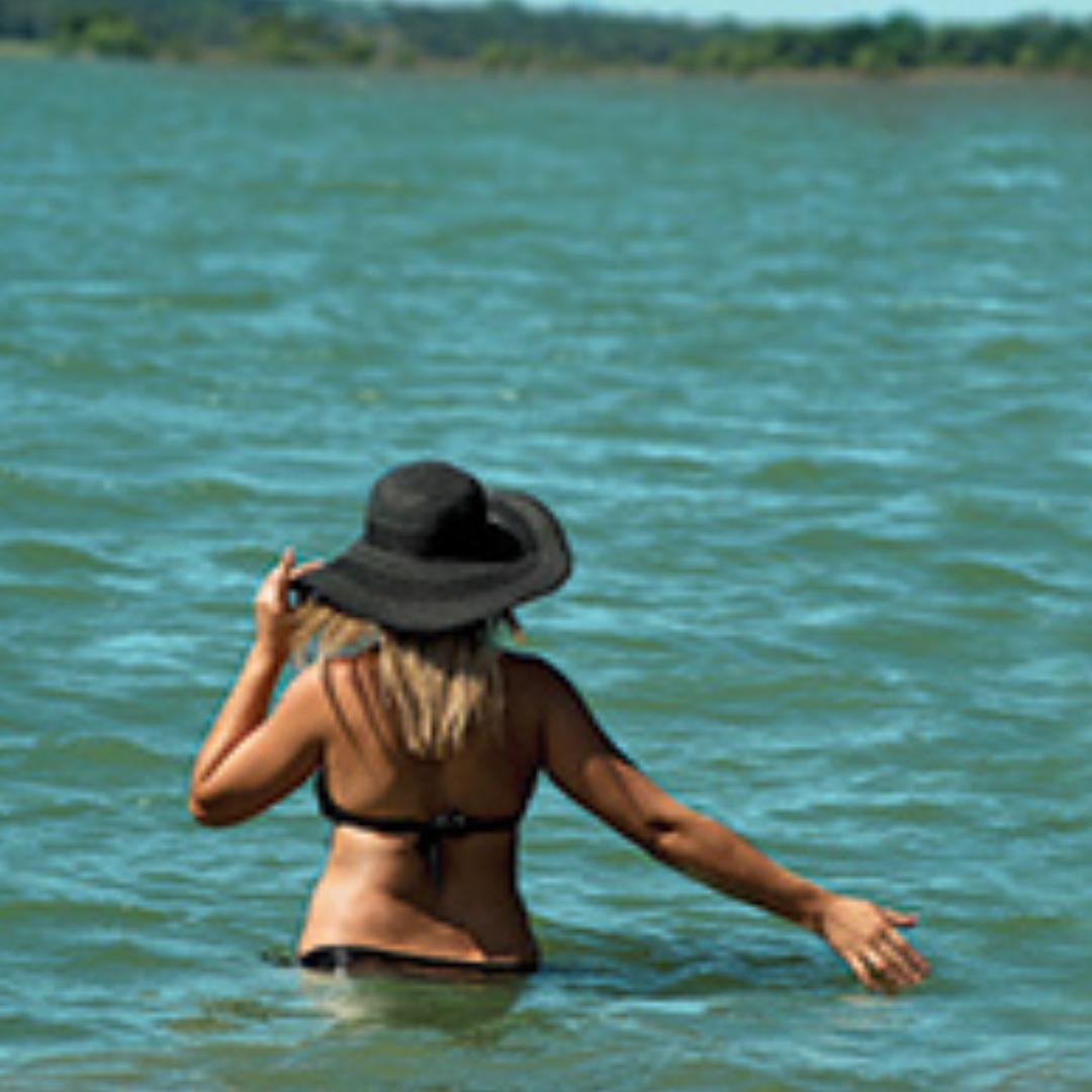 thumb_FEAT_Lake_Life_girl_0815