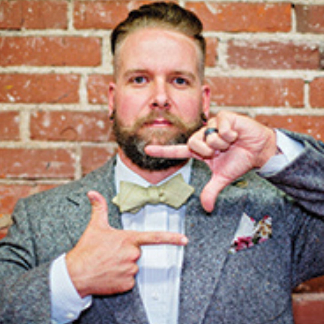 thumb_FEAT_Bow_Tie_Guy_with_ties_1015